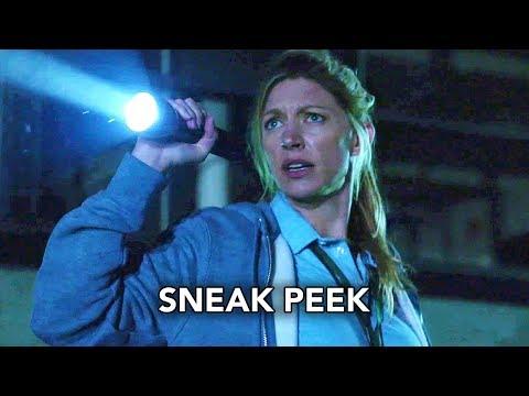 """DC's Legends of Tomorrow 4x04 Sneak Peek #2 """"Wet Hot American Bummer"""" (HD)"""