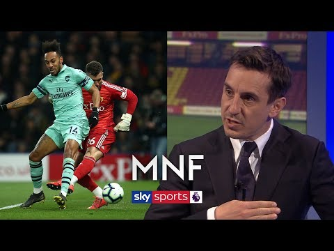 Are 'modern' Goalkeepers Being Too Risky Playing Out From The Back? | MNF