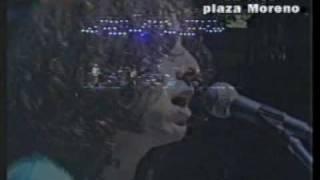 Los Rodriguez - Salud, Dinero & Amor (At Plaza Moreno) (Live) music video