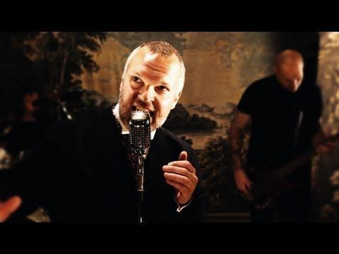 Falconer - Vid Rosornas Grav (2011) [HD 720p]