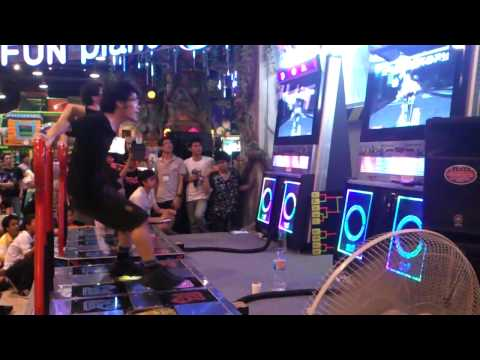pump it! - Game - Pump It Up Fiesta EX Competition - Thailand Pump It Up Local Cup Summer 2012 (Thailand championship) Round - Final Song - Cleaner D24 [Double Level 24...