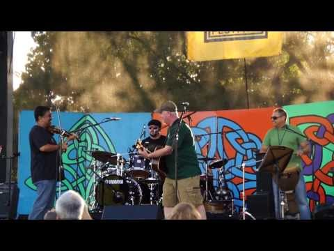 Corned Beef and Curry Band at the 2013 Pittsburgh Irish Festival - Wagon Wheel