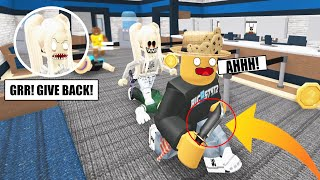 STEALING FROM THE MURDERER! (Roblox Murder Mystery 2)