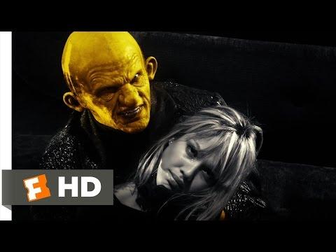 Sin City (10/12) Movie CLIP - That Yellow Bastard (2005) HD