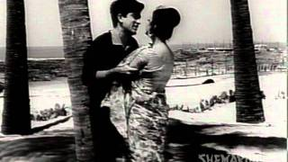 Jane Man Allah Khabar - Shashi Kapoor - Tanuja - Juaari - Lata - M Kapoor - Evergreen Hindi Songs
