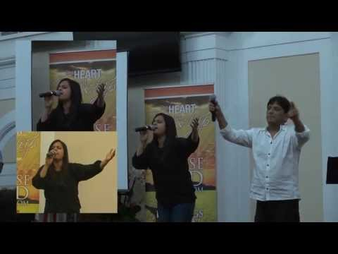 Video Mera Yesu Mere Papan-Shreya Kant live... download in MP3, 3GP, MP4, WEBM, AVI, FLV January 2017