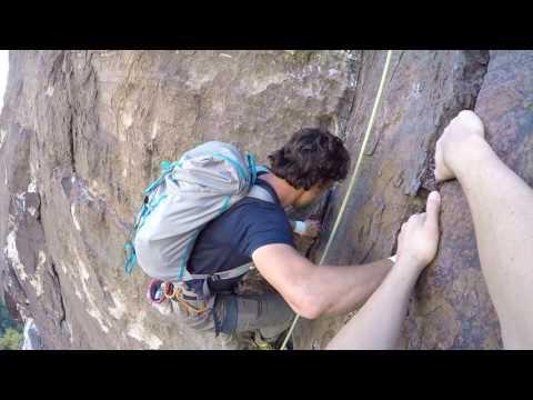 Ilman turvaköyttä kiipeilyä – Hullujen hommaa