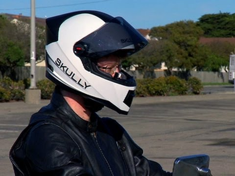 CNET News – Skully motorcycle helmet gives you eyes in the back of your head