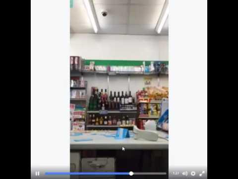超商痛毆店員的屁孩朋友嗆說「要烙人打分享影片的網友」,結果對方一句「有證件嗎」就把他堵到不會回話了!