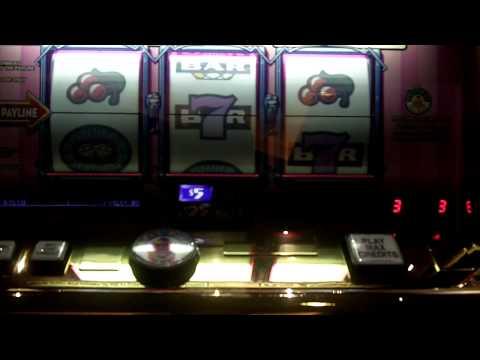 Las Vegas 2012 SMF M&G $5 Cheeseburger Slot