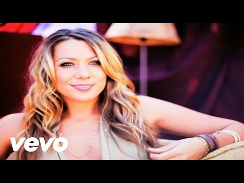Colbie Caillat – Brighter Than The Sun (Behind The Scenes)