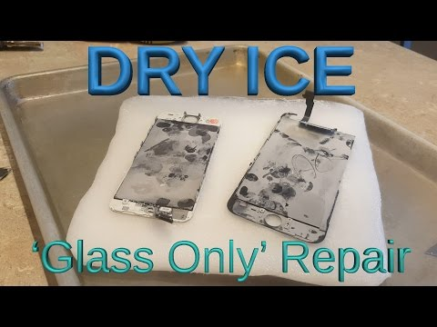 Technician repairs cracked iPhones with dry ice and razor blade. [04:33]