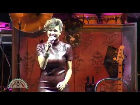 Il concerto dedicato da  Simona Molinari alla…