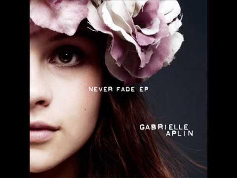 Tekst piosenki Gabrielle Aplin - Puzzle Piece po polsku