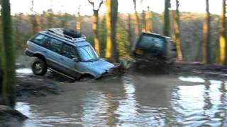 Range Rover P38 Off Road At Muddy Bottom 4x4 Dec 09 / Pond Crossing