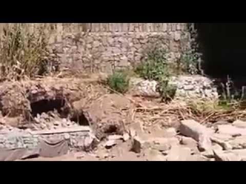 En el vídeo puede apreciarse el pandeo u ondulación del caño de cloacas