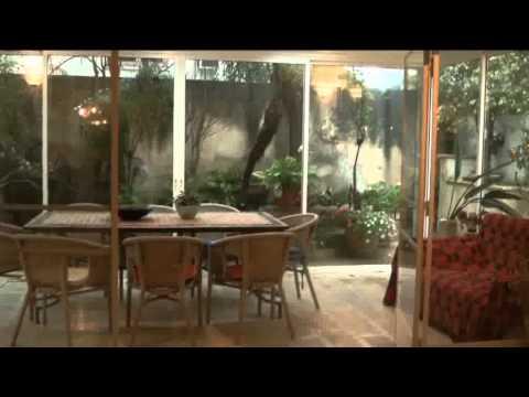 המרפסת – דיוקן מקומי