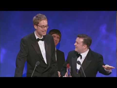 1 • E8___  _    Ricky Gervais and Steven Merchant - Steven Hawking