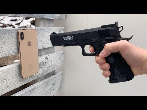 iPhone XS Max vs GUN