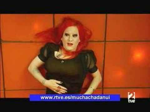 Muchachada Nui Cindy Lauper ,Ahmadineyad y Quentin Tarantino: