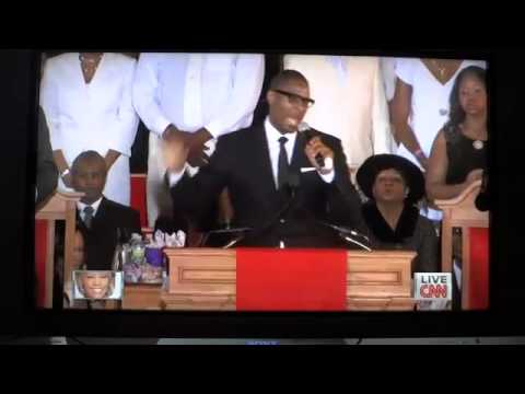 R. Kelly Pays Tribute to Whitney Houston at Funeral