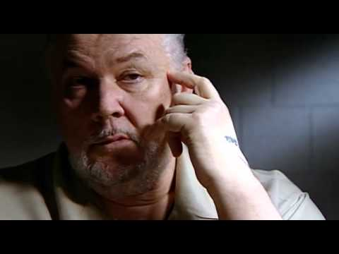inside - Richard Kuklinski gets diagnosed by a psychiatrist.