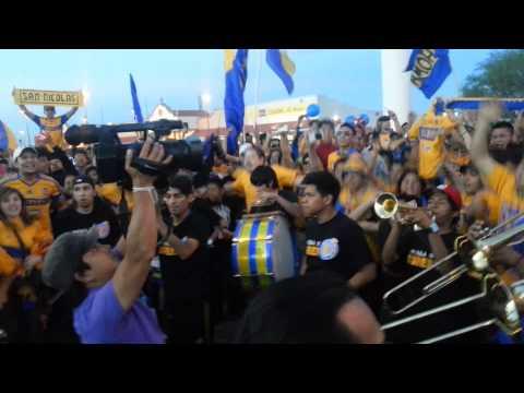 Video - Libres Y Lokos - Murga I ( Invasion a San Luis ) - Libres y Lokos - Tigres - México