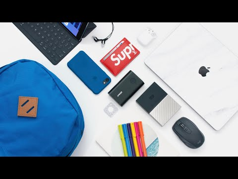 WHAT'S IN MY SCHOOL TECH BAG