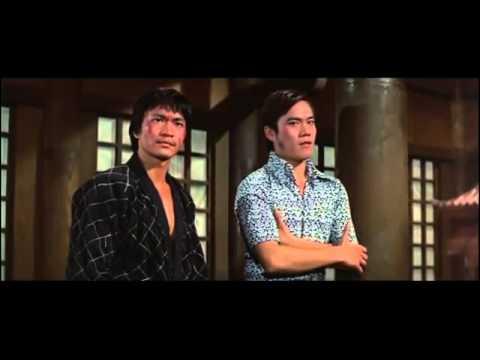 Bruce Lee بعض اللقطات التي لم نراها حدفت من فيلم لعبة الموت