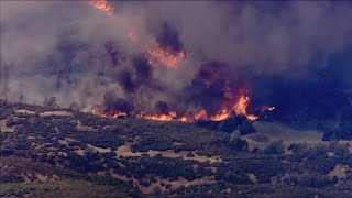 Video Northern California wildfire forces evacuations MP3, 3GP, MP4, WEBM, AVI, FLV Oktober 2018