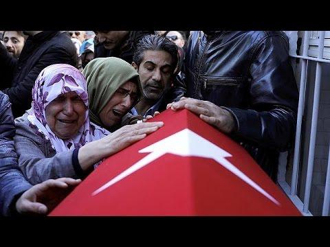 Θρήνος και οργή στις κηδείες των θυμάτων της επίθεσης στην Κωνσταντινούπολη