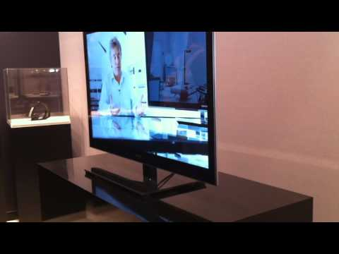 IFA 2010: Jacob Jensen Design Toshiba LED-TV  (recordere.dk)