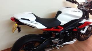 1. Triumph Street Triple R ABS 2014 3800 Miles Arrow Can Big spec bike