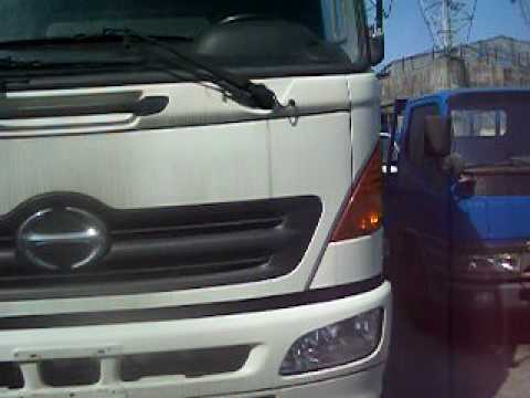 HINO TRUCK 427 RM WHITE COLOR