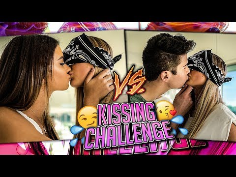 Who's the better Kisser? GIRL Twins VS. BOY Twins (видео)