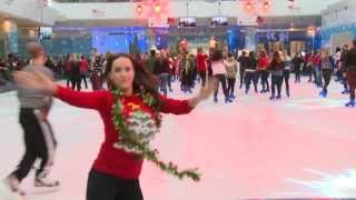 Reporter fail at Christmas jumper Guinness World Record attempt