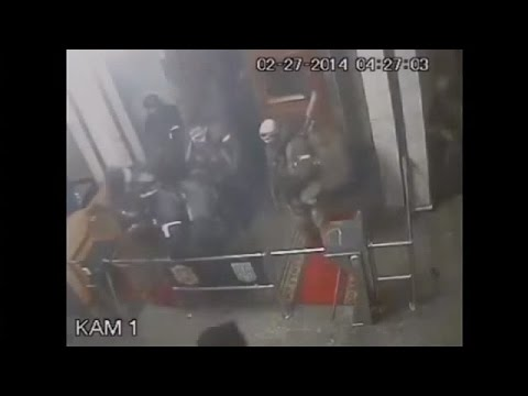 VIDEO: Buildings' Seizure In Crimea Ukraine
