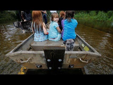 Φόβοι για μεγάλες καταστροφές από πλημμύρες μετά τον τυφώνα Φλόρενς…