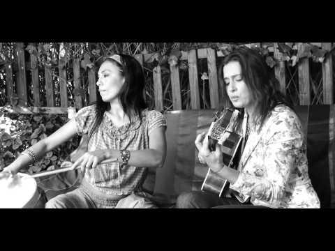 Charo Bogarín y Malena Muyala - Pasos