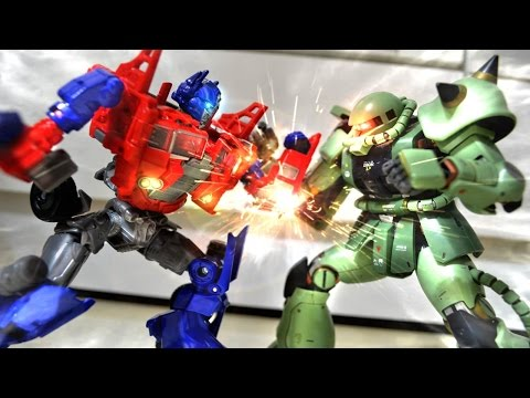 Prime - Follow me on Facebook : Counter656 http://full.sc/19tUzQX A short stop motion film, I use Prime from Transformers VS Zaku from Gundam story, see what they can do when they meet with each other,...