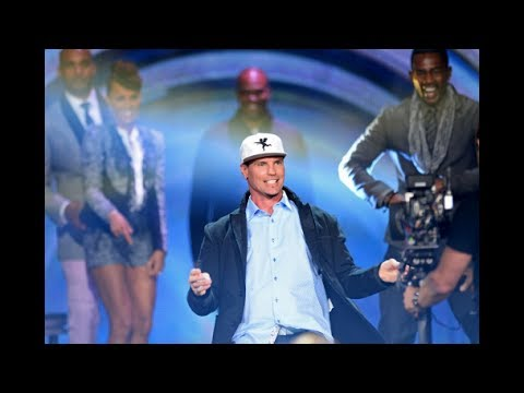 soul - SOUL TRAIN AWARDS 2013 Performances: JON B, VANILLA ICE, Bobby Caldwell (BlUE EYED SOUL) SOUL TRAIN AWARDS 2013 Performances: JON B, VANILLA ICE, Bobby Caldw...