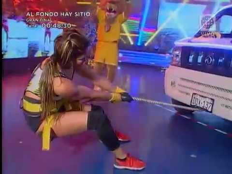 Mira cómo acabó el enfrentamiento de fuerza entre Angie Arizaga y Melissa Loza