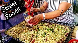Street Food - Mexico - Best Mexican Street Food - Corn With Chips, cheese, Chile, Salsa, Cream, Mayo, Lime... - Having a Delicious Mexican Snack - Traditional Elotitos or Esquites. If You Would Like To Help And Support My Channel, Check Out My PATREON Account: http://patreon.com.pisuarezCheck Out My Other Street Food Channel CRISPI: https://www.youtube.com/channel/UCxFs-TJofgsEGnLUWqSP-6wMORE STREET FOOD ON THESE PLAYLISTS:https://www.youtube.com/watch?v=CIHxyHgAP2w&list=PLFcIoUWytn0RJDHP1XcH5vmKKqK5ZG11lhttps://www.youtube.com/watch?v=AQAh3hfquKE&list=PLFcIoUWytn0RuiopD73p57fsisjnmNVTFhttps://www.youtube.com/watch?v=lwu5xxqS0FU&list=PLFcIoUWytn0SrBkahOOwYuXW3KlB__vhD