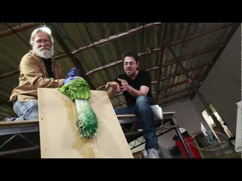 Creature Effects - SUBSCRIBE to SWSCA on YouTube: http://bit.ly/Zp70T4 Make A Monster - Plastic Bag Technology FULL LESSON: https://www.stanwinstonschool.com/videos/make-a-mons...