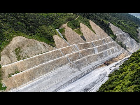 Wainui Saddle – building the road up to subgrade level – December 2019