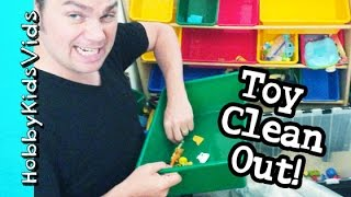 HobbyKids TOY ROOM Clean Out! SpongeBob Gets Washed Stuffed Animals by HobbyKidsVids