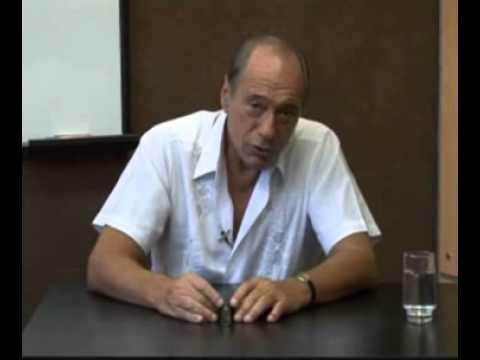 Zaffaroni, Raúl - La destrucción total del Código Penal Argentino
