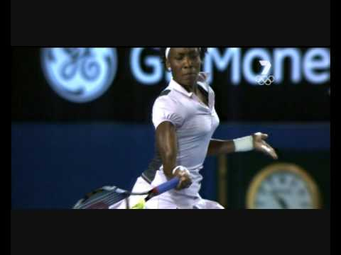 Venus Williams forehand shot
