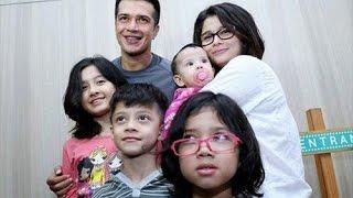 Video Urus 4 Anak, Jihan Fahira Suka Kewalahan MP3, 3GP, MP4, WEBM, AVI, FLV Desember 2018