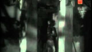 Video Eeranuduthum kondambaram-Iruttinte Aathmaavu-P Bhaskaran, M S Baburaj, S Janaki.mp4 MP3, 3GP, MP4, WEBM, AVI, FLV Oktober 2018